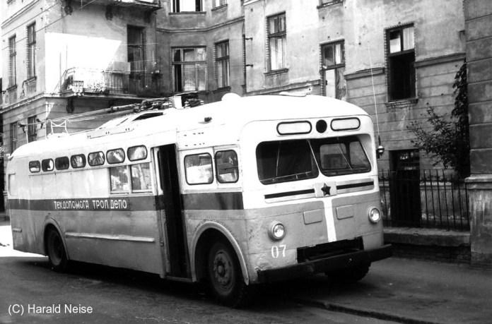 Тролейбус МТБ-82Д № 7 1953 року випуску, переобладнаний у технічну допомогу. Фото 1971 року. Автор Гаральд Нейзе