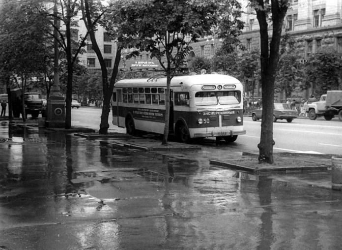 Київський музейно-екскурсійний тролейбус МТБ-82Д у вересні 1986 року. Фото із колекції Ааре Оландера