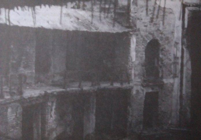 Ліва ложа після пожежі