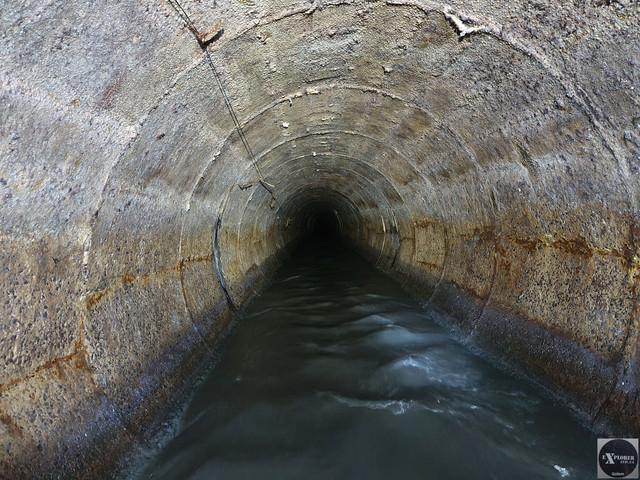 Стрімка течія і сильний тиск води дуже утруднювали пересування