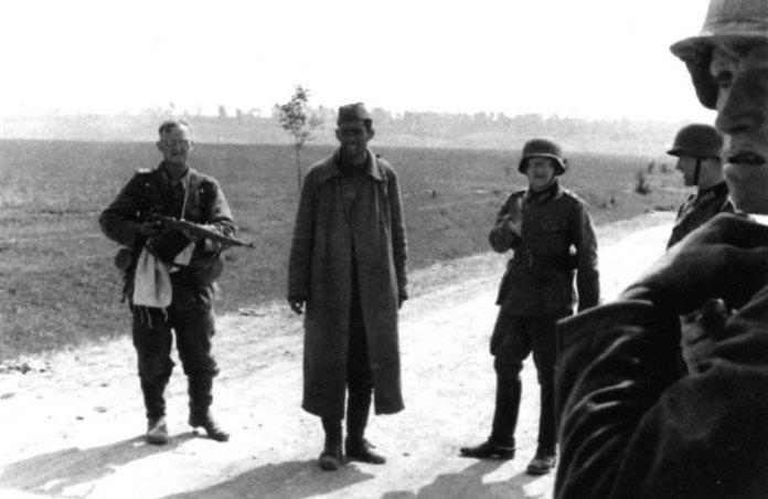 Червоноармієць-полонений, околиці Рівного, червень 1941