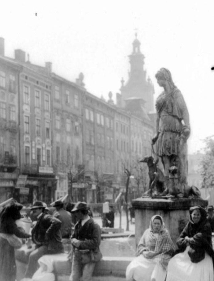 Площа Ринок, 1890-1910-ті роки