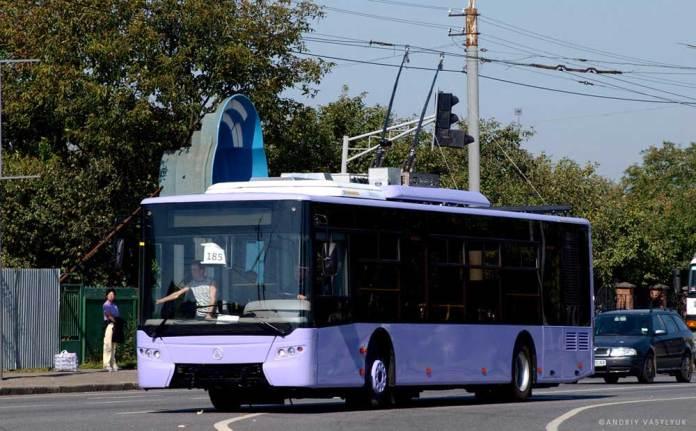 Обкатка тролейбуса ЛАЗ Е183А1 для Донецька у Львові. 2011 р. Автор фото – Андрій Василюк