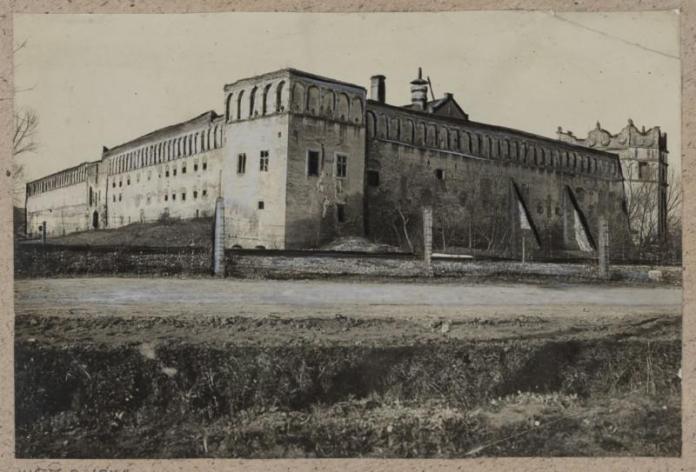 Замок в Старому Селі, перша третина ХХ ст.