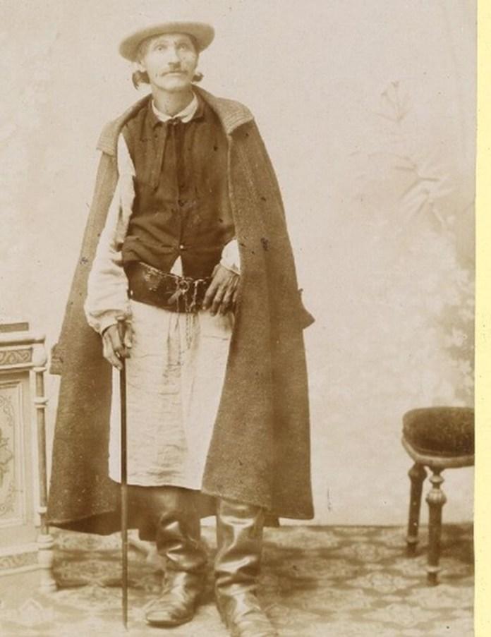 Мешканець Галичини, світлина 1890-х років. Фотограф Юрій Дуткевич