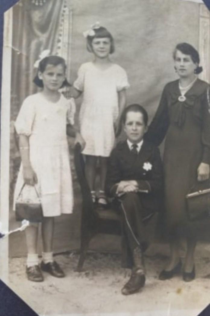 Дружина і діти Василя Ляховця