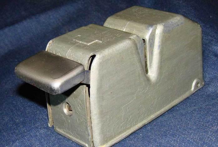 Один із типів компостерів, які в 1980-х роках встановлювали в автобусах