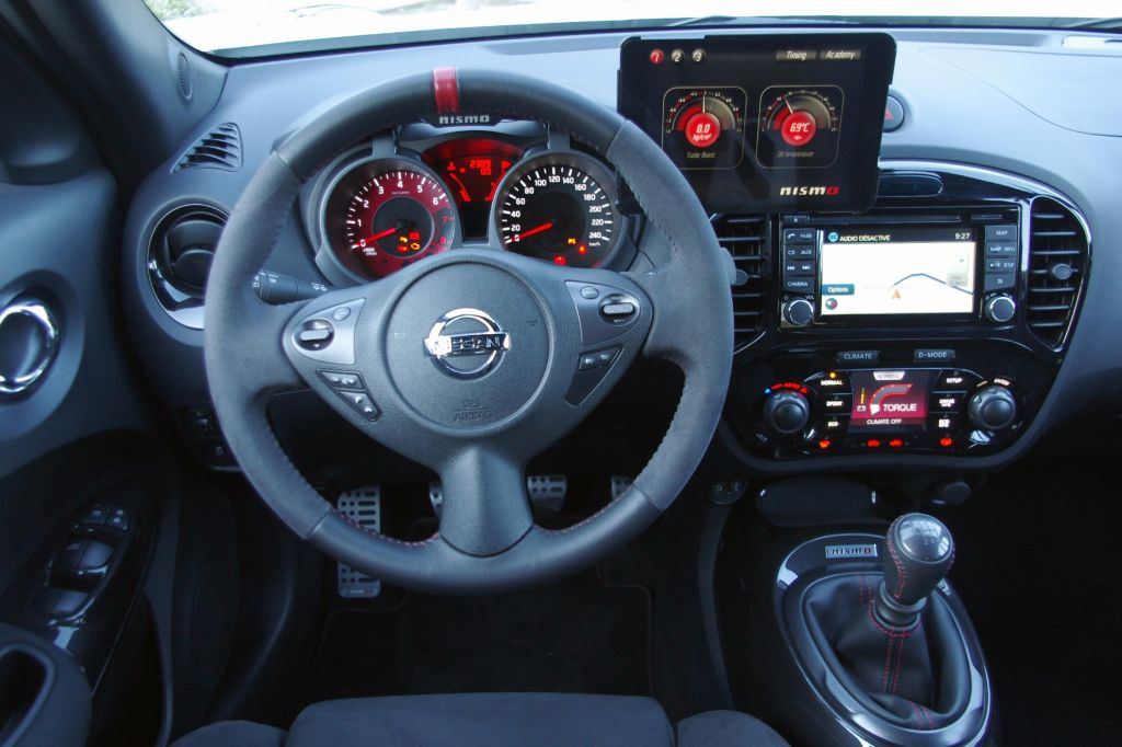 Photo NISSAN JUKE Nismo SUV 2013 Mdiatheque
