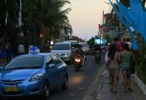 kuta-street1