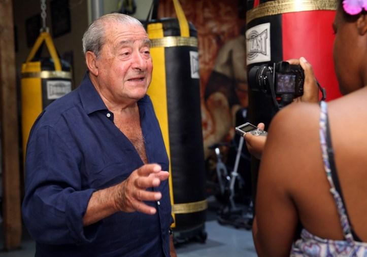 http://photo.boxingscene.com/uploads/Bob_arum%20(720x505)_1.jpg