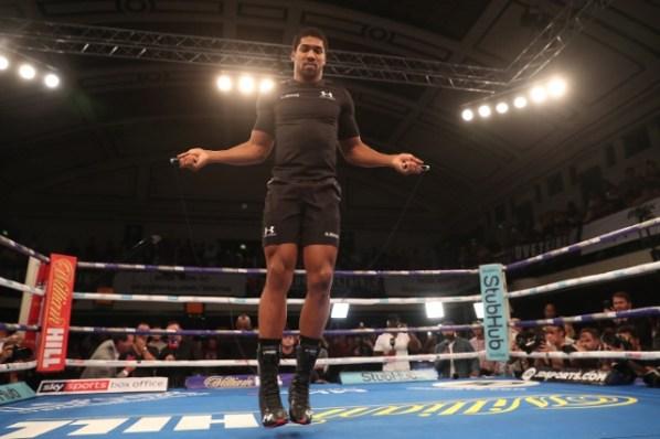 https://i0.wp.com/photo.boxingscene.com/uploads/anthony-joshua%20(15)_3.jpg?w=598&ssl=1