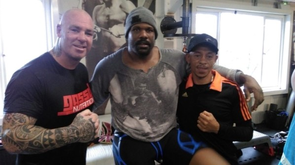 https://i0.wp.com/photo.boxingscene.com/uploads/browne-chisora%20(2).JPG?w=598&ssl=1