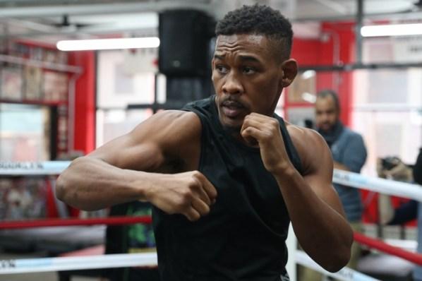https://i0.wp.com/photo.boxingscene.com/uploads/daniel-jacobs%20(9)_3.jpg?w=598&ssl=1