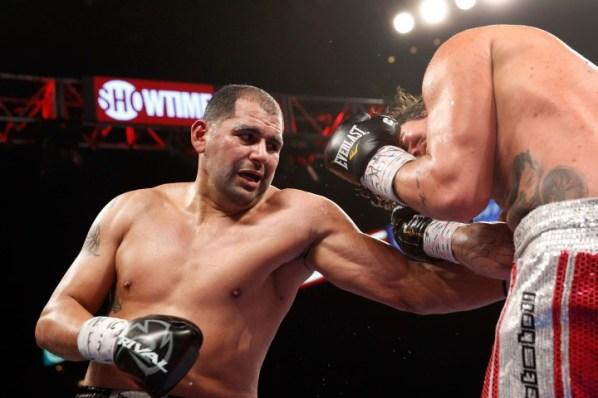 https://i0.wp.com/photo.boxingscene.com/uploads/eric-molina.jpg?w=598&ssl=1