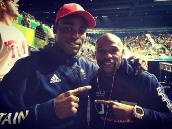 https://i0.wp.com/photo.boxingscene.com/uploads/joshua-buatsi-mayweather_1.jpg?w=598&ssl=1