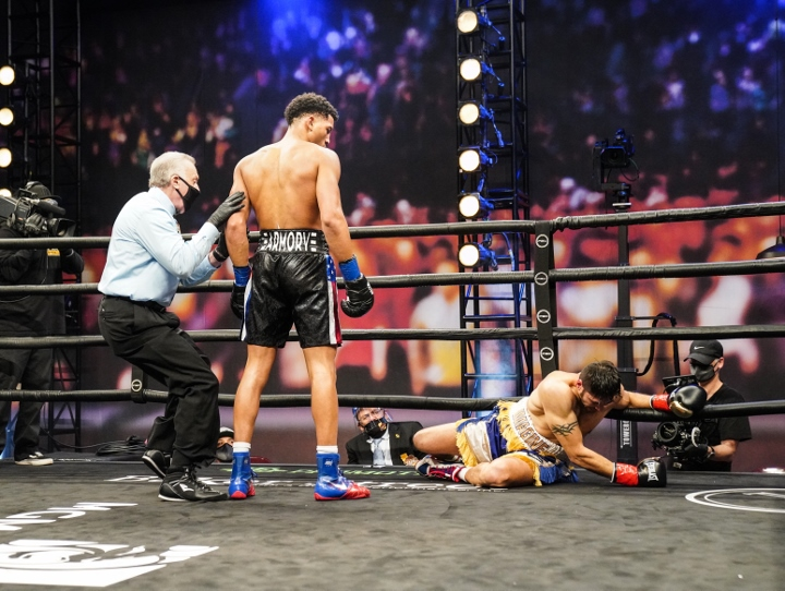 morrell-gavronski-fight (2)