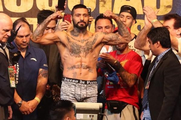 https://i0.wp.com/photo.boxingscene.com/uploads/pacquiao-matthysse-weights%20(4).jpg?w=598&ssl=1