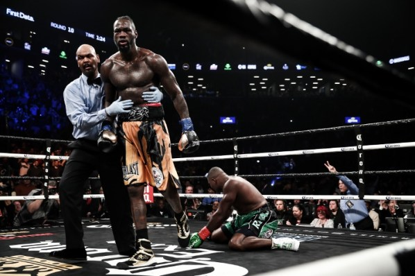 https://i0.wp.com/photo.boxingscene.com/uploads/wilder-ortiz-fight%20(64).jpg?w=598&ssl=1
