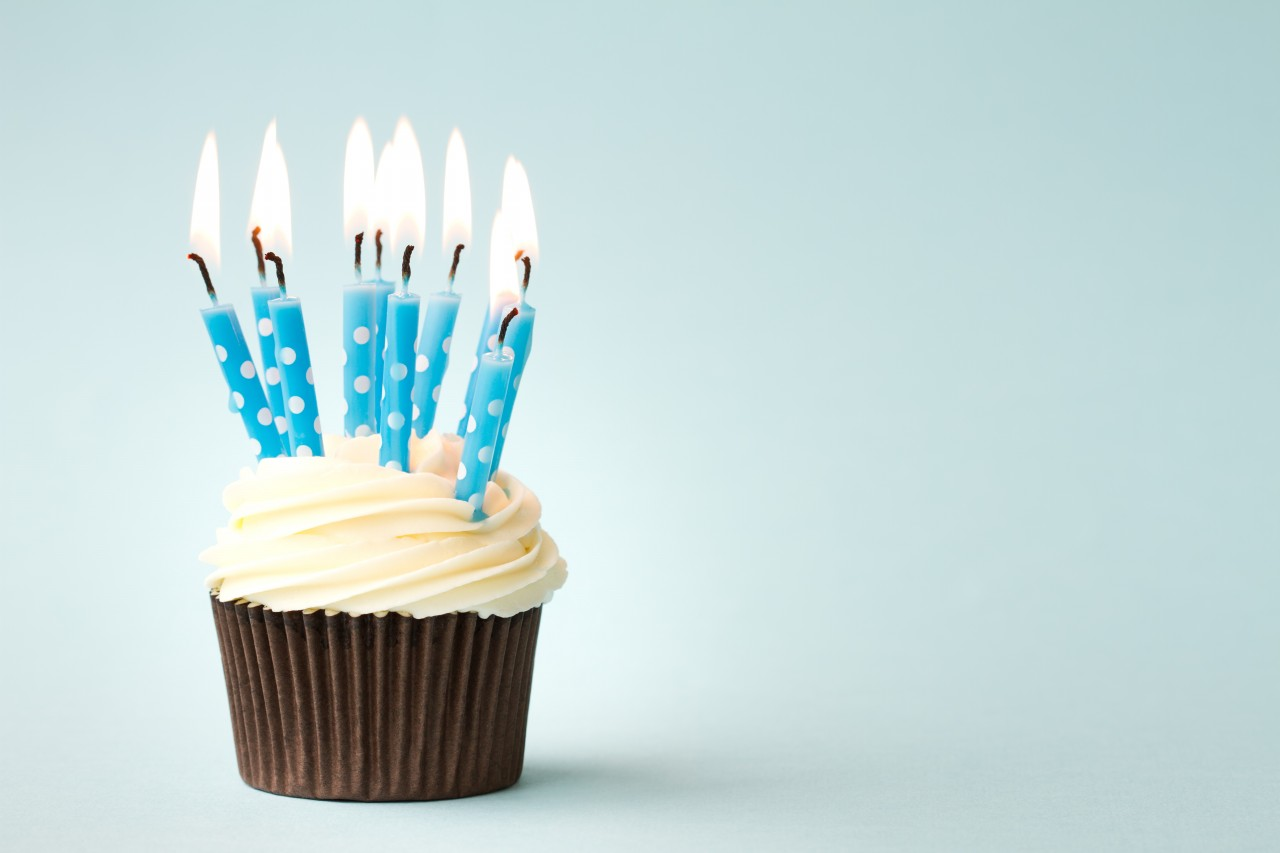 Happy Birthday Cupcakes With Candles Cute Images Elsoar