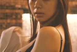 【GIF有】下着姿の池田エライザとベットシーンに俳優堪らずガチ勃起!もうビンビンw