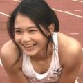 カワイすぎると話題『炎の体育会』出演の日本一速い女子高生の無防備な股間と胸元