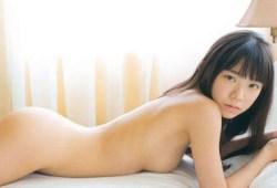 長澤茉里奈ノーブラ撮影で出ちゃった!?合法ロリ巨乳のギリギリアウトな全裸グラビア