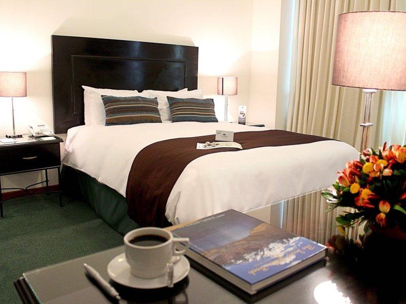 El Polo Apart Hotel and Suites