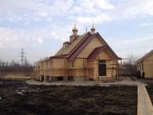 24 - возводим крышу и обшиваем стены храма