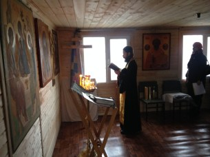 2 - чин освящения Креста в часовне свв. Петра и Февронии