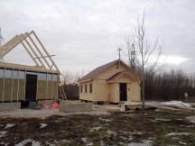 7 - возводим крышу и обшиваем стены храма