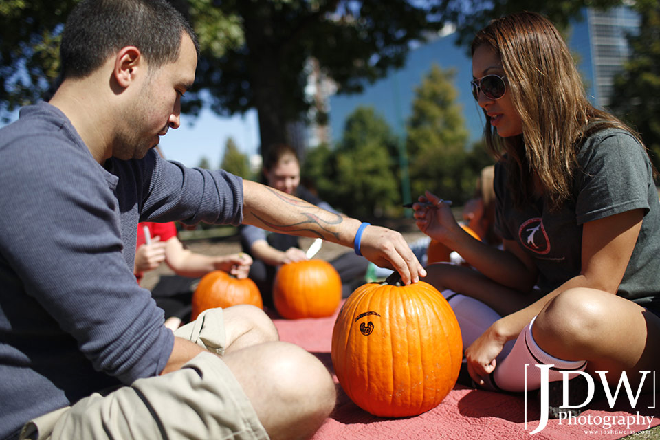 101017_JDW_PumpkinCarving_0019