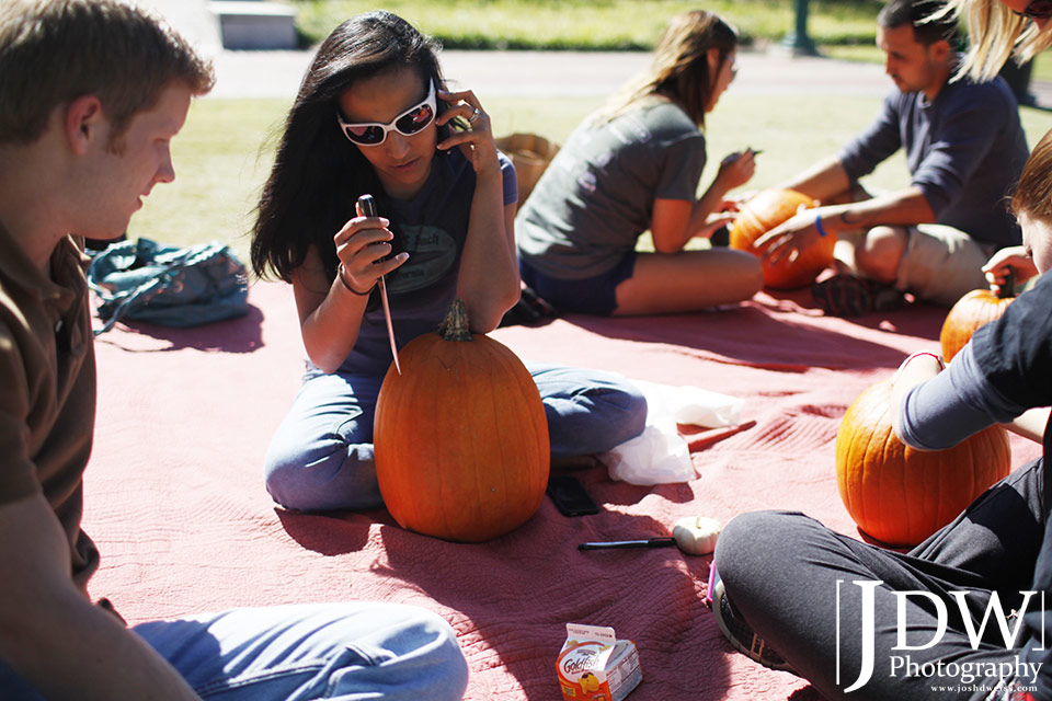 101017_JDW_PumpkinCarving_0020