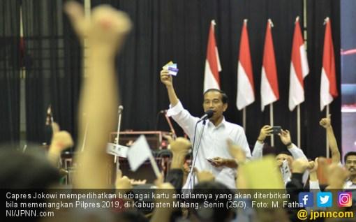 Kembali Tawarkan Kartu, Konsistensi Jokowi Dipertanyakan - JPNN.COM