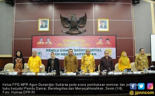 Ketua FPG MPR Luncurkan Buku Pemilu Damai - JPNN.COM
