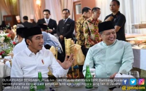 Bamsoet Anggap Airlangga & AGK Pantas Jadi Pembantu Presiden Jokowi Lagi - JPNN.COM