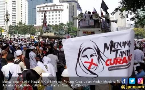 Mengaku Aktivis Buruh, Tuding Jokowi - Ma'ruf Curi Suara WNI di Luar Negeri - JPNN.COM