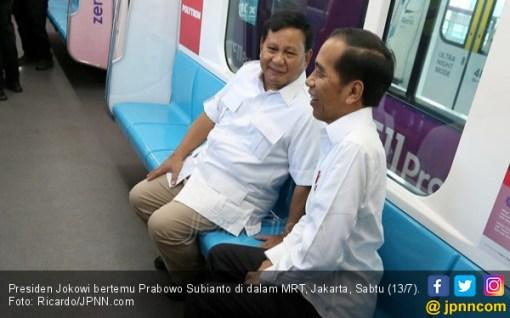 Silakan Tafsirkan Sendiri Kalimat Prabowo saat Bertemu Jokowi - JPNN.COM