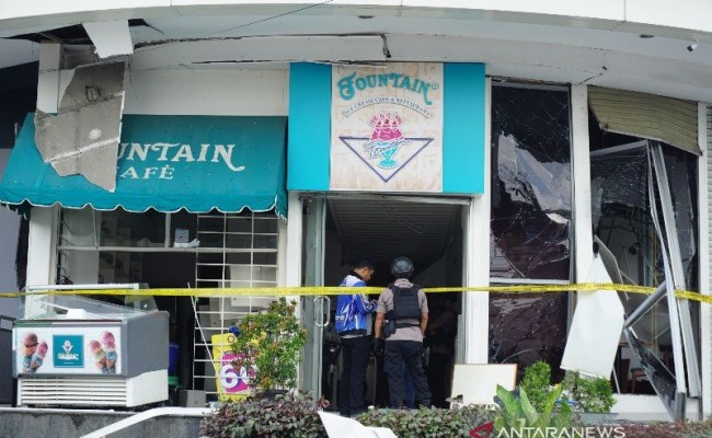 Ledakan Hebat Terjadi Di Plaza Ramayana Medan Dua Orang