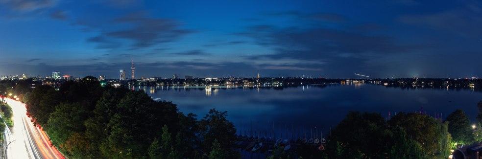 Alster bei Nacht (Panorama)