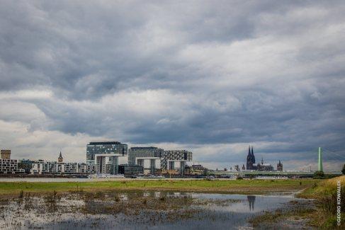 Kölnblick mit Wolke