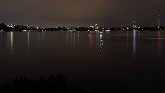 Alster bei Nacht