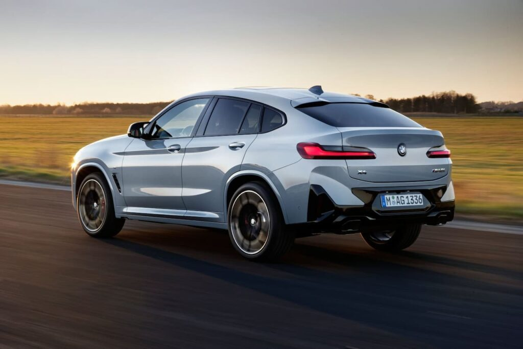 BMW X3 and BMW X4 LCI 2022 version launched 9