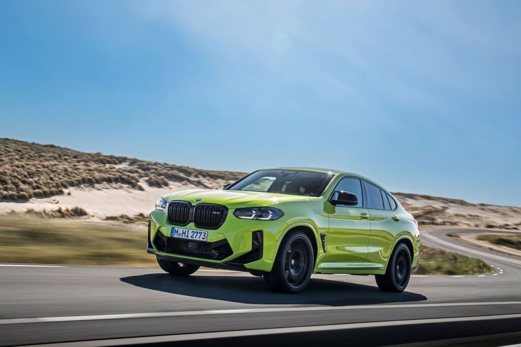 BMW X3 and BMW X4 LCI 2022 version launched 21