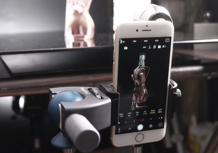 「手機商品攝影-17」用手機也能拍出性感的馬甲蕾絲香水