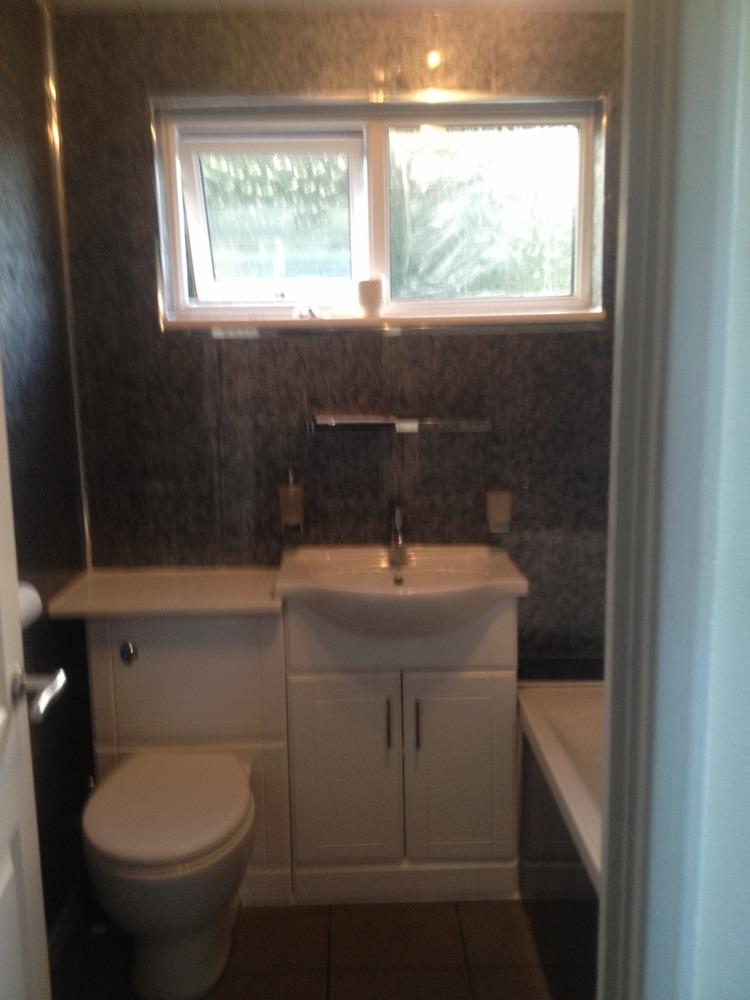Cphplumbing and heating 98 Feedback Bathroom Fitter