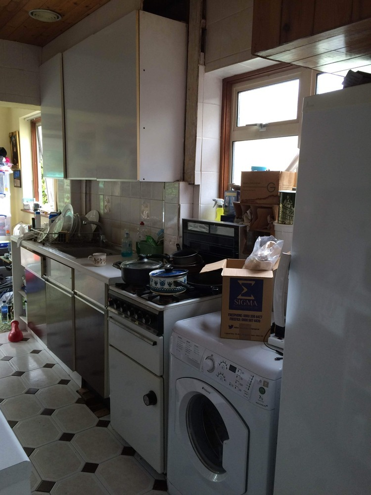 Full Replace And Wet Install 4m X 2m Kitchen Kitchen Fitting Job In Harrow Middlesex Mybuilder