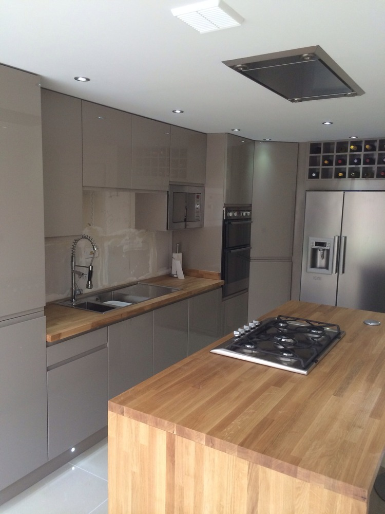 Allure Kitchens And Bedrooms Ltd 100 Feedback Kitchen Fitter Bathroom Fitter In Southampton