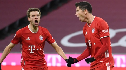 Robert Lewandowski and Thomas Mueller Celebrate (Reuters)