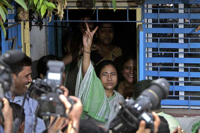 A victorious Mamata! (Picture courtesy - Outlook magazine).
