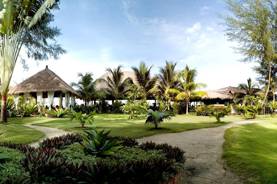 花羨棕櫚新樂園~新馬五日 環球影城,文化遺產,大紅花,棕梠 - 國外團體旅遊   東南旅遊網